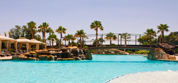 Aquatics Resort Pool